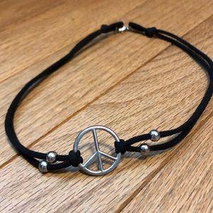 NWOT Peace Choker